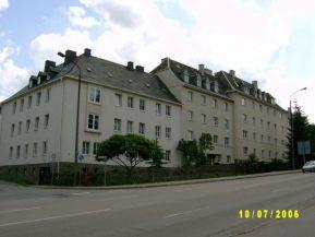 Robert-Blum-Straße 11-13
